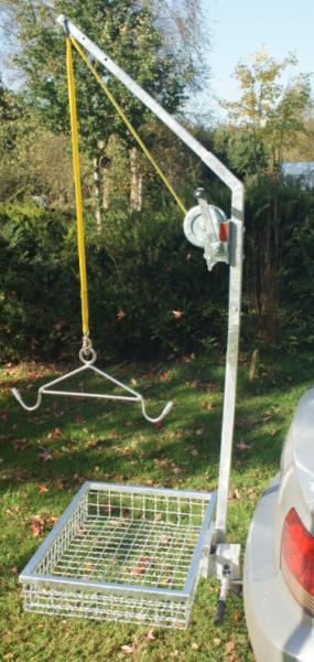 Aufbrechhilfe mit patentiertem Schnellverschluss und Wildträger